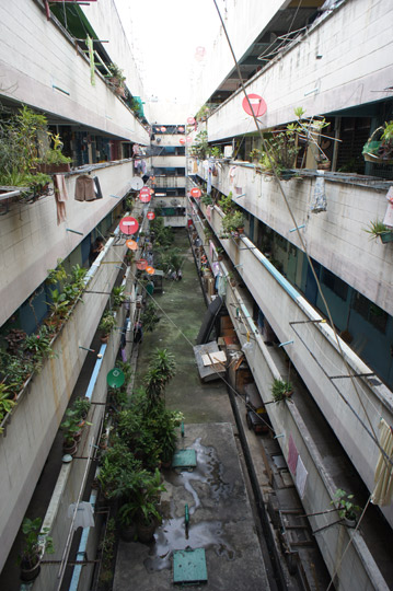 public-housing-khlong-toei-I-07