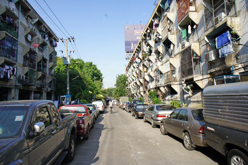 public-housing-khlong-toei-II-01